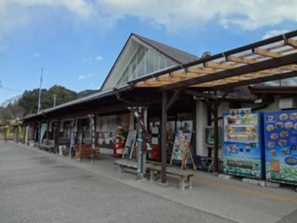【道の駅 そばの郷らっせいみさと】アクセス・営業時間・料金 ...