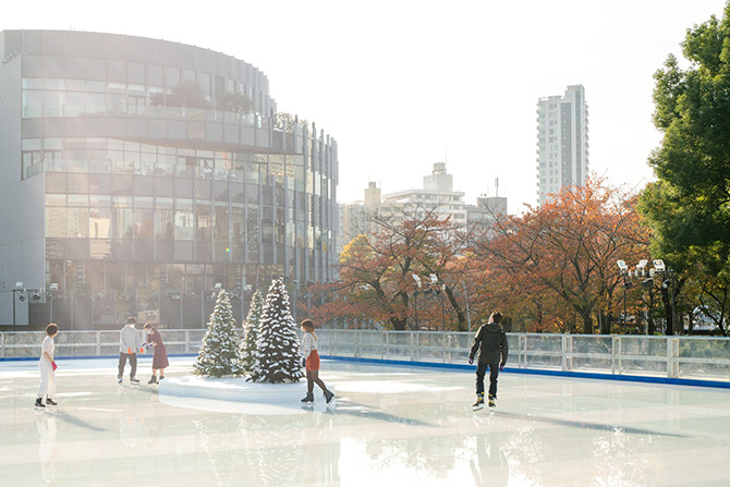 MIDTOWN ICE RINK
