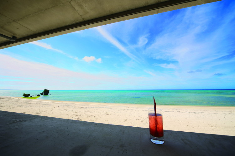 「On the Beach CAFE フリー画像」の画像検索結果