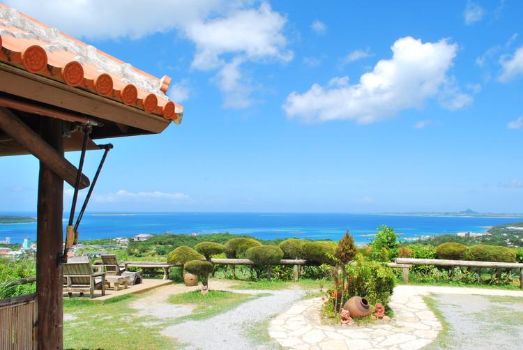 カフェ 見える 沖縄 の 海 沖縄の海が見えるカフェ「天の舞」のレビュー